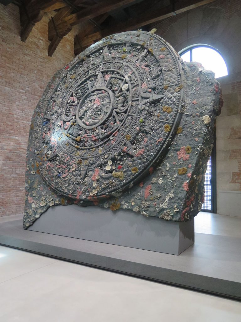 Venice biennale 2017 damian hirst treasures from the for Venice craft fair 2017